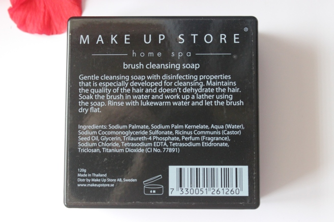 Make Up Store Brush cleansing soap